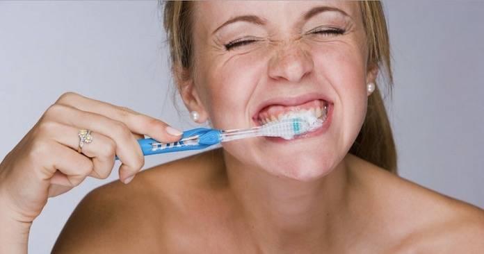 Doğru diş fırçalama nasıl yapılmalıdır?