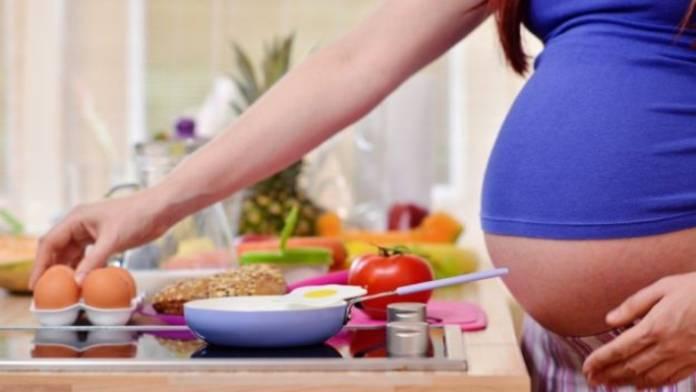 Hamilelikte kaçınılması gereken besinler