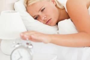 Yeterli Uyku Alamadığınızın 8 Belirtisi