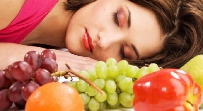 Yedikleriniz Uykunuzu Nasıl Etkiler?