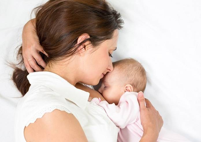 Bebeklerde Anne Sütü Ne Zaman Kesilmelidir?