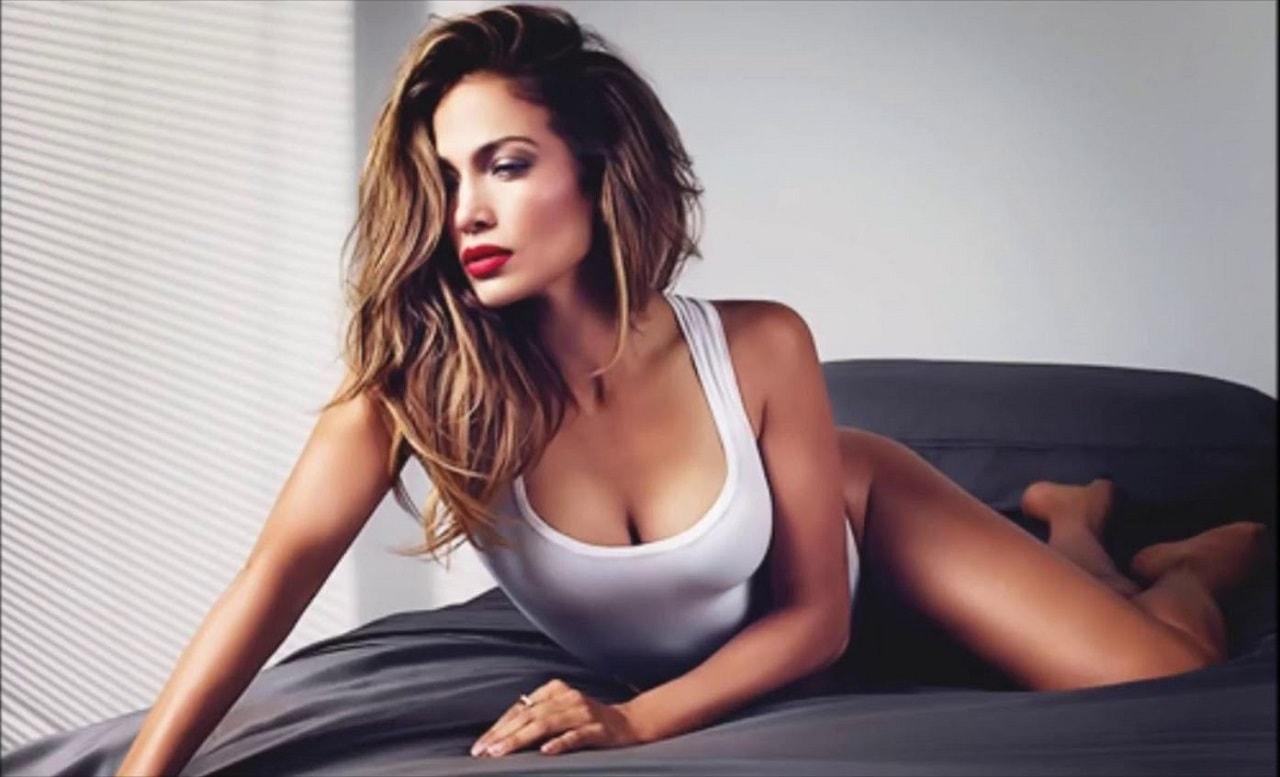 Aslan Burcu Jennifer Lopez